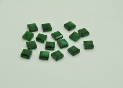 Cristale patrate verde 8mm